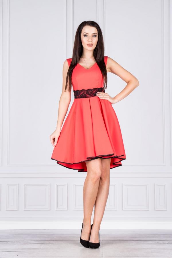 e270a7037e3f Společenské korálové šaty s černou krajkou Vegas Fedosia Vegas ...