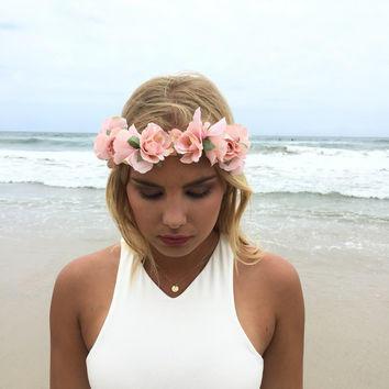 Květinová čelenka do vlasů světle růžová Beyou  020aa7642e