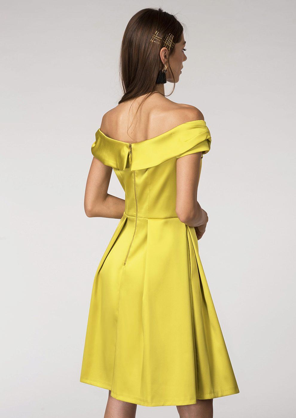 Hořčicové společenské šaty Closet Diana Closet  639465267c