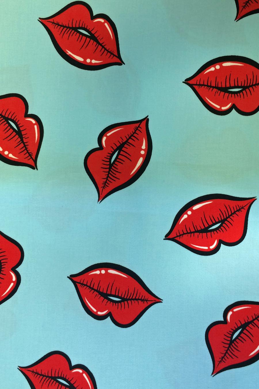 Lady V London Red Lips Tea Lady V London