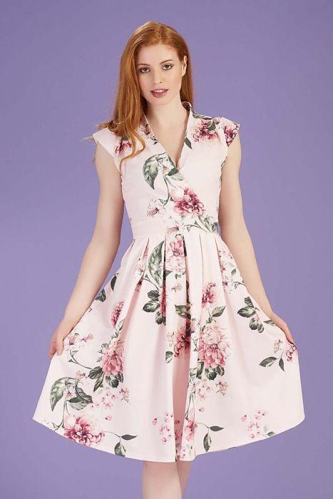 4b7f888c7ed0 Světle růžové šaty s květy Lady V London Eva Lady V London