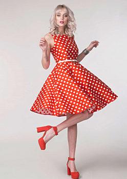 Novinka Červené šaty s bílým puntíkem Closet Denisa eca0eb34fb