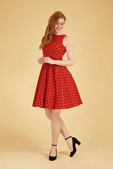 2469617b2b99 Novinka Červené šaty s černými puntíky Lady V London Tea