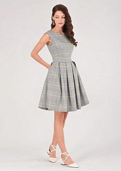 8463df411d27 Kostkované šaty se skládanou sukní Closet Darby