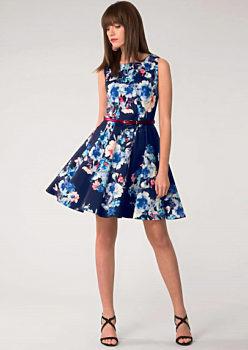 7bd982942239 Tmavě modré šaty s květy Closet Dessa