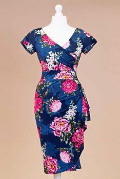 3c233d026741 Novinka Tmavě modré šaty s růžovými pivoňkami Lady V London Elsie