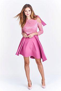 ef647556186 Růžové krajkové šaty s mašlí Bergamo Aval